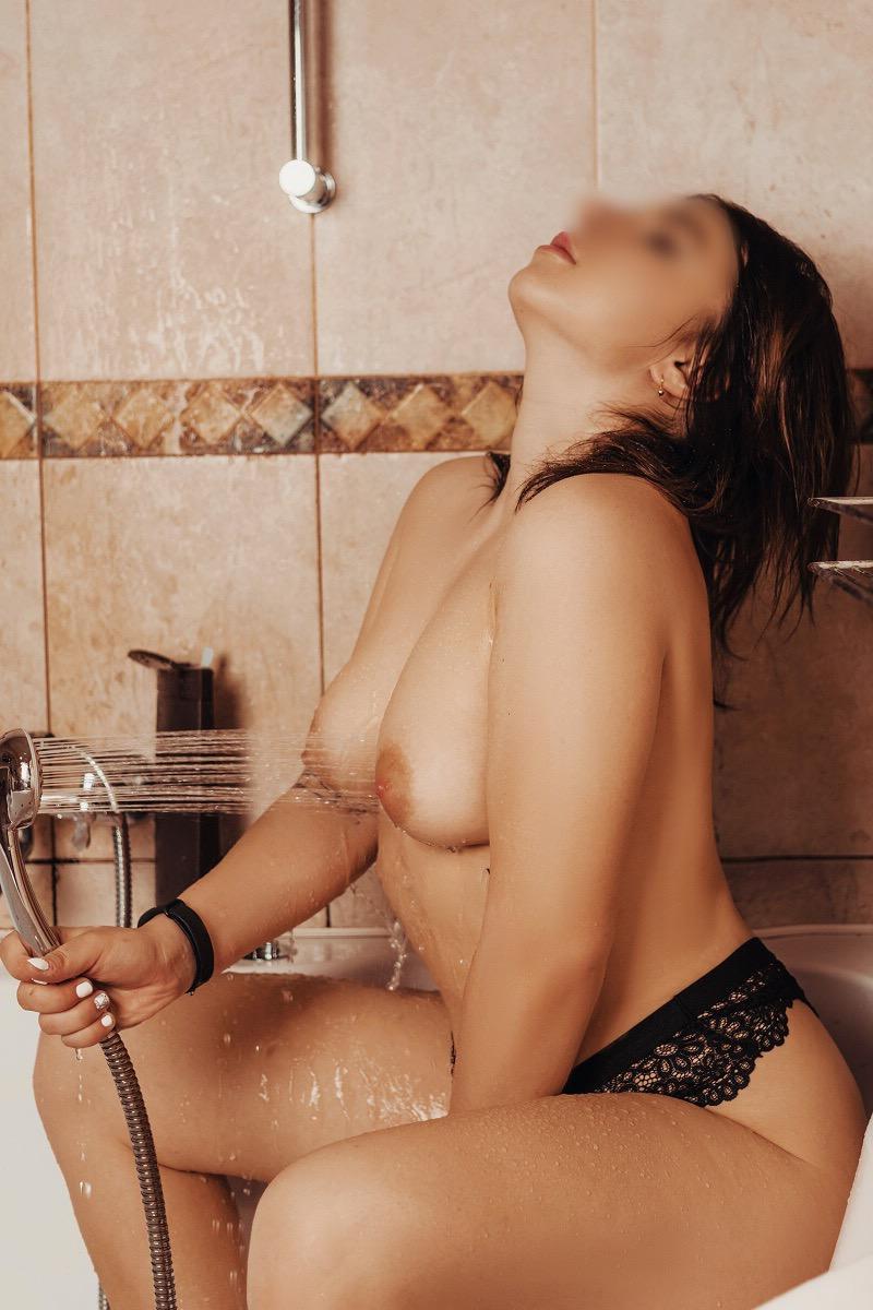 Проститутка МАССАЖ, 32 года, метро Мякинино